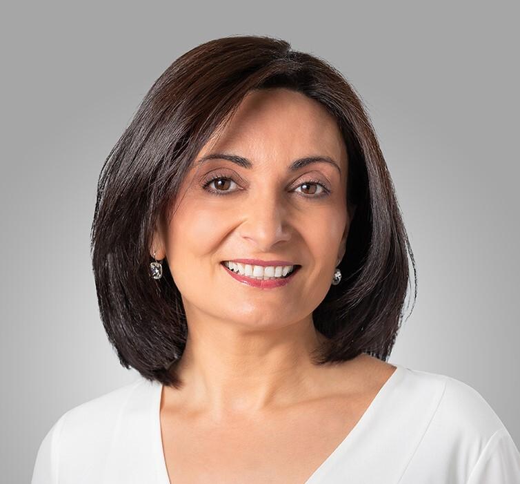Lorraine Maroun1